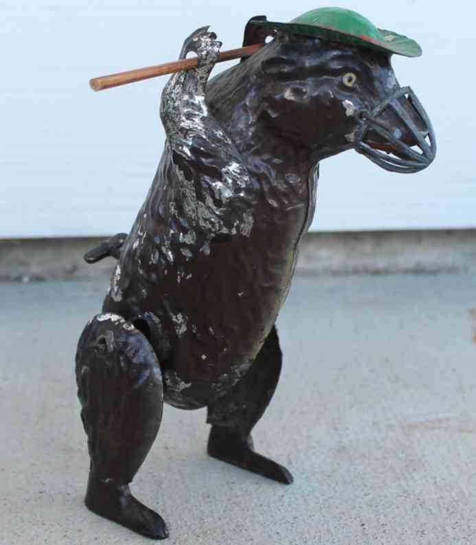 Guenthermann Dancing bear tin wind up toy