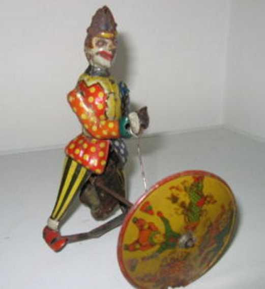Clown with wheel