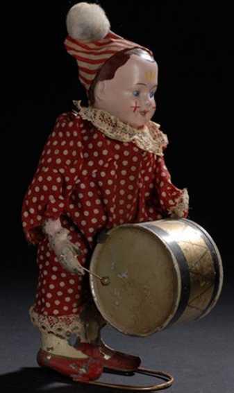 Clown mit Trommel