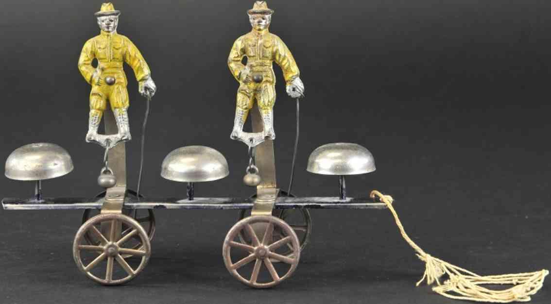 watrous mfg co spielzeug gusseisen zwei pfadfinder soldaten drei glocken