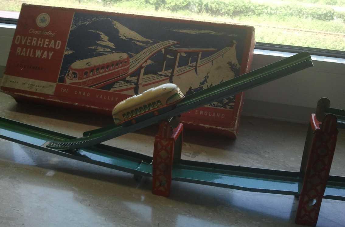 chad valley co ltd blech spielzeug zahnradbahn mit uhrwerk
