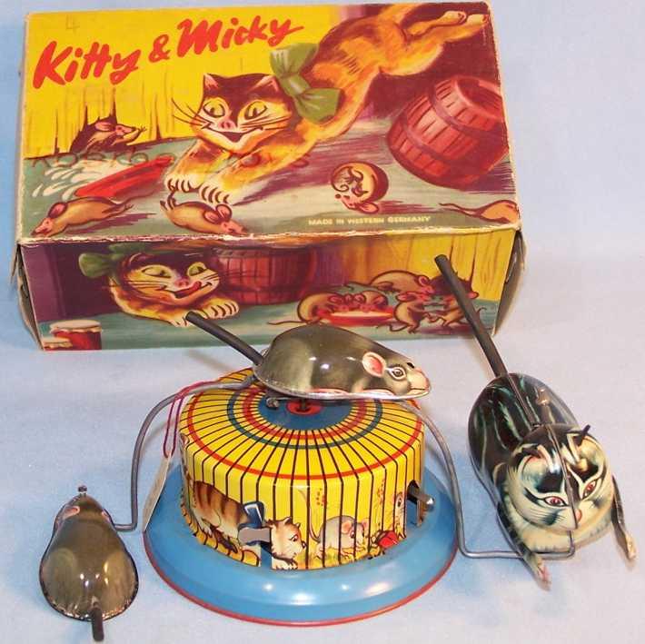 Hausmann Kitty + Micky mit Uhrwerk  Katze jagt Maus