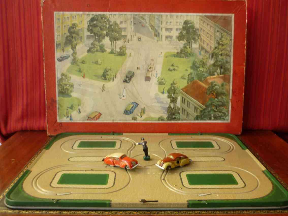 tippco blech spielzeug verkehrsspiel mit autos und uhrwerk