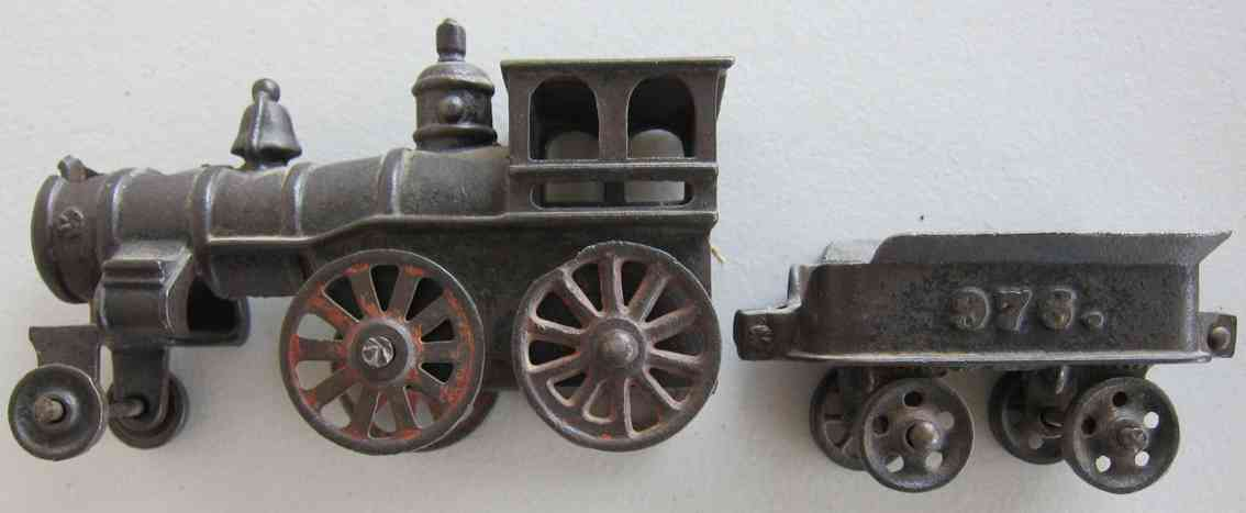 harris toy co 976 railway toy floor train cast iron locomotive with tender