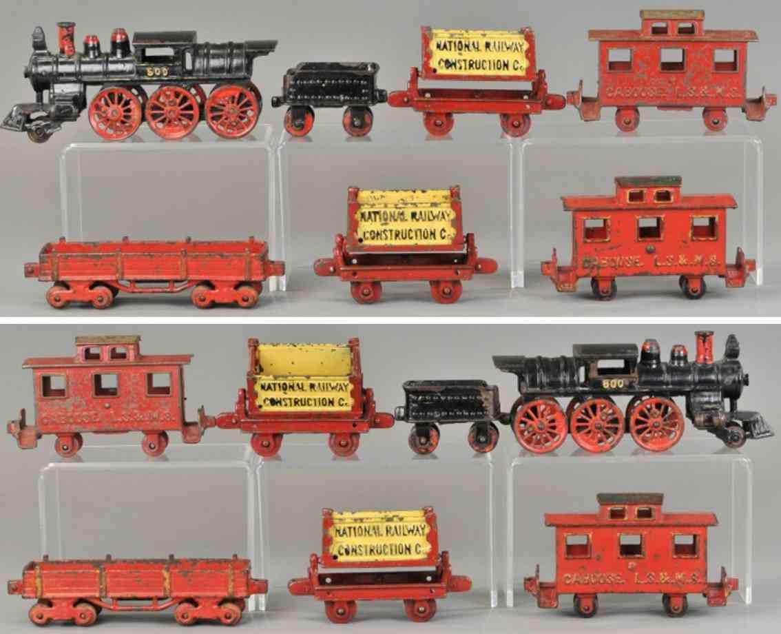 kenton hardware co railway toy floor train ore cars floor train set loco 600
