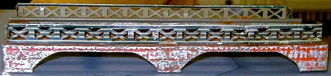 ives 101 (1903) spielzeug eisenbahn bruecke brücke rot bemalt mit blau ltihografierten streifen auf den