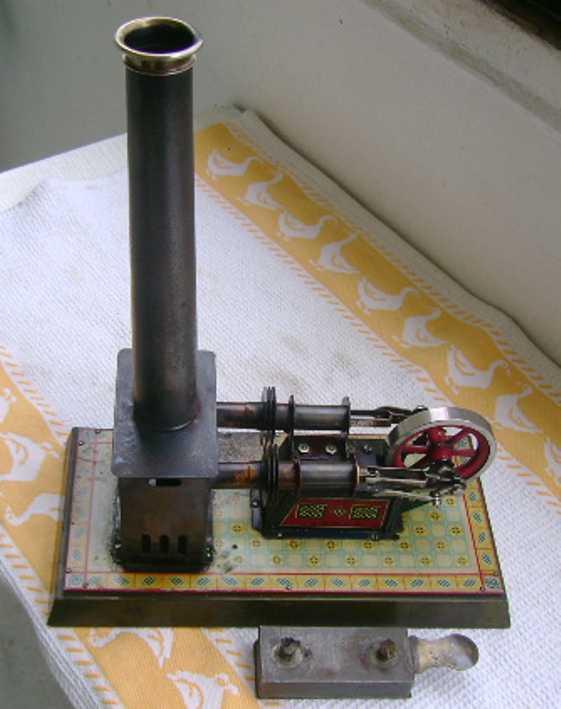 bing 135/16 dampfspielzeug liegende heissluftmotoren heißluftmotor liegend 2 zylinder . es arbeiten 2 ineinander