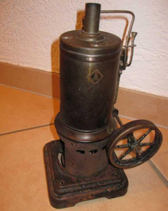 Märklin 4122/8 1/2 Stehende Dampfmaschine