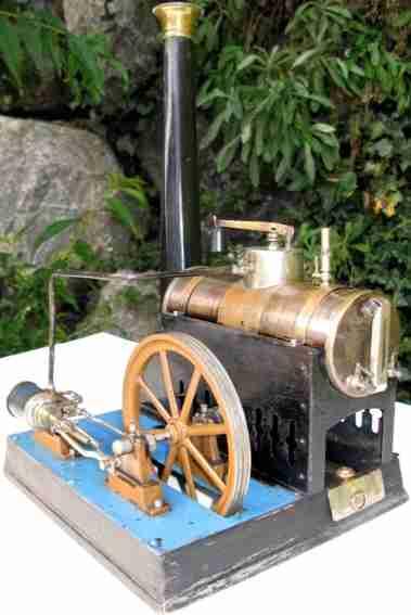 Schoenner 111/20 Liegende Dampfmaschine