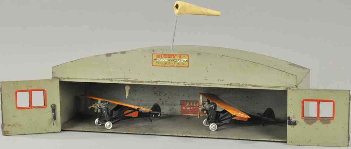 buddy l tin toy deluxe 2 airplanes hangar