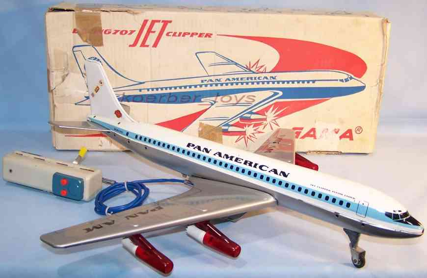 gama 1102 tin toy airplane boeing 707 jet clippers pan american in silver and white