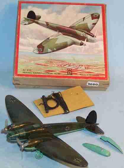 Heinkel 833 Fighter aircraft HE111