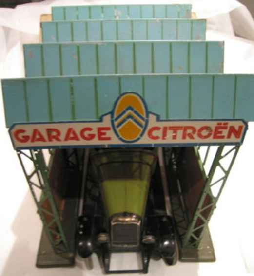 citroen tin toy garage garage for cars in m 1:10, typical for the paris of the 1920