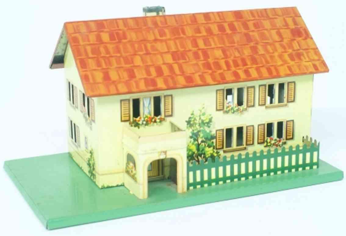 wimmer heinrich hwn spielzeug eisenbahn gebaeude wohnhaus aus blech mit balkon, durchbrochenen fenstern, farb