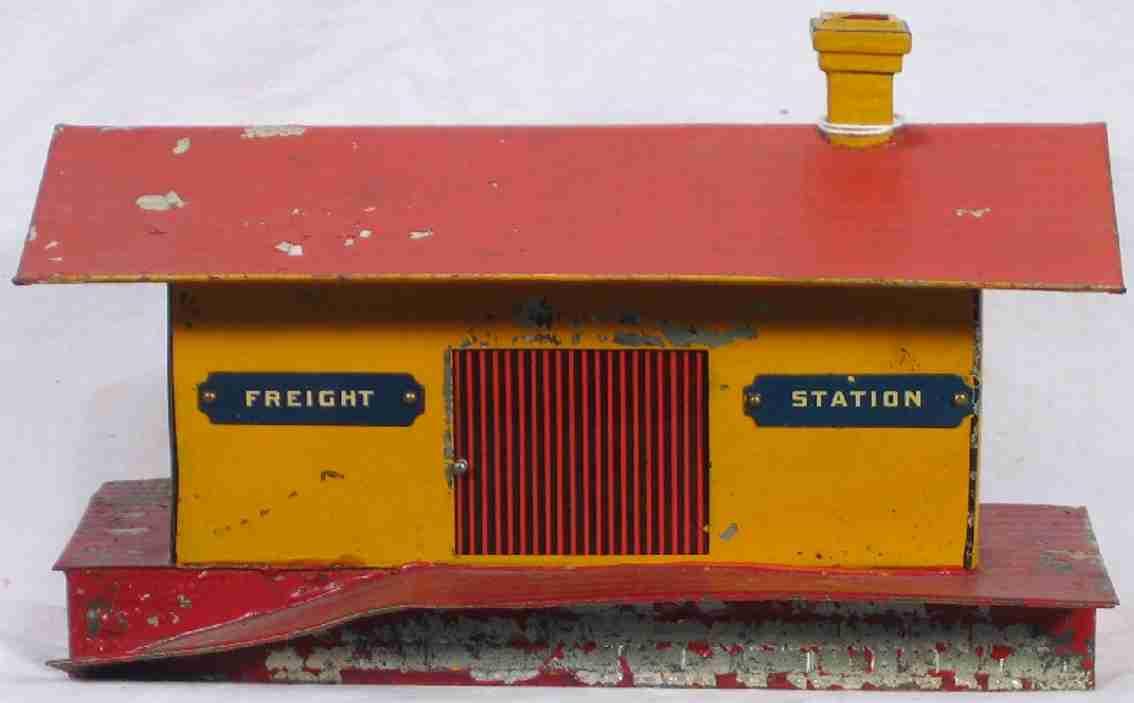 ives 115 (1903) spielzeug eisenbahn gueterschuppen güterschuppen handgemalt in gelb mit rotem sockel, rotem dac