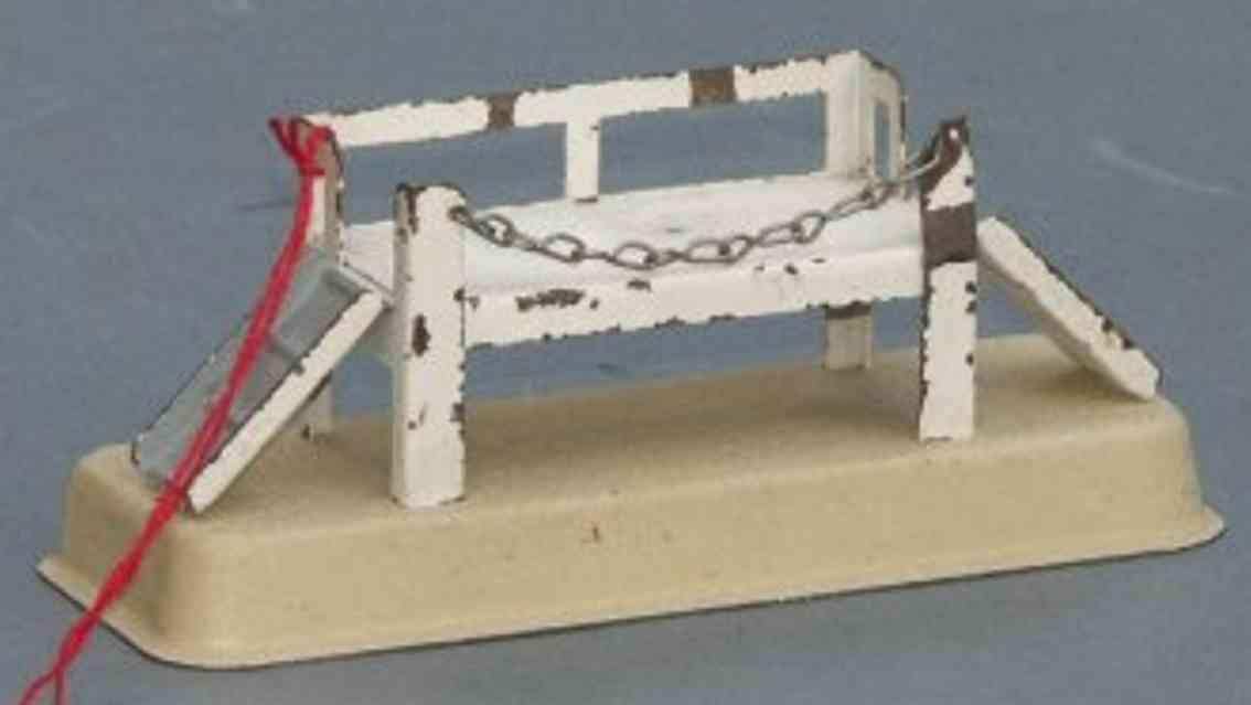 kibri 0/86 spielzeug eisenbahn gueterschuppen verladerampe für tiere mit sperrkette, seitlich schräge ramp