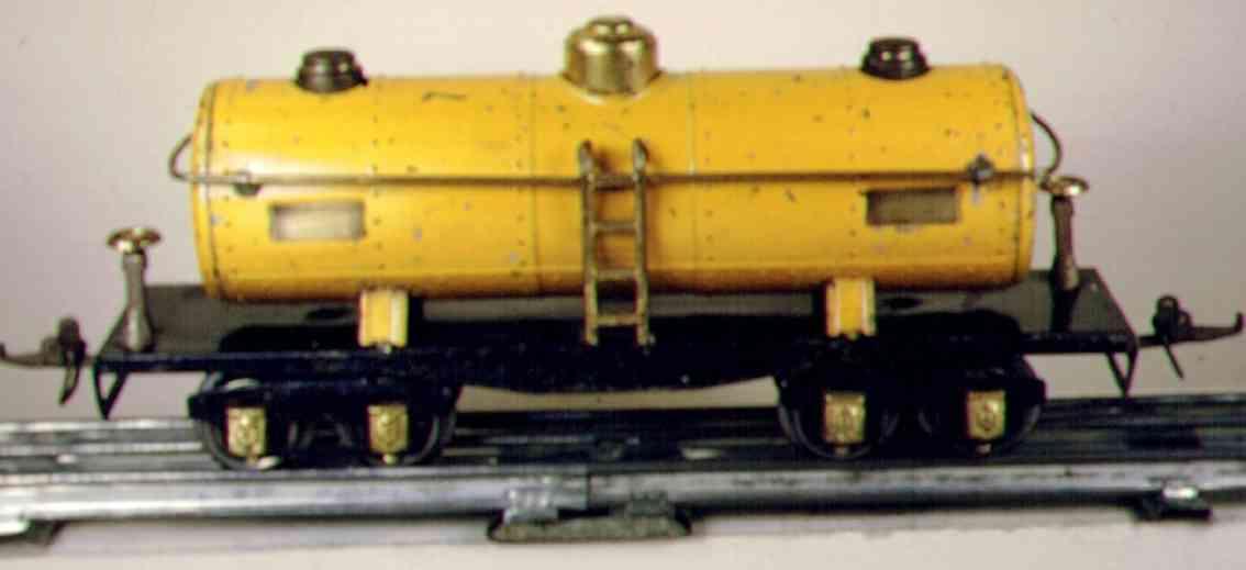 ives 122 spielzeug eisenbahn tankwagen; 4-achisg; lionel gehäuse lithografiert in gelb, t