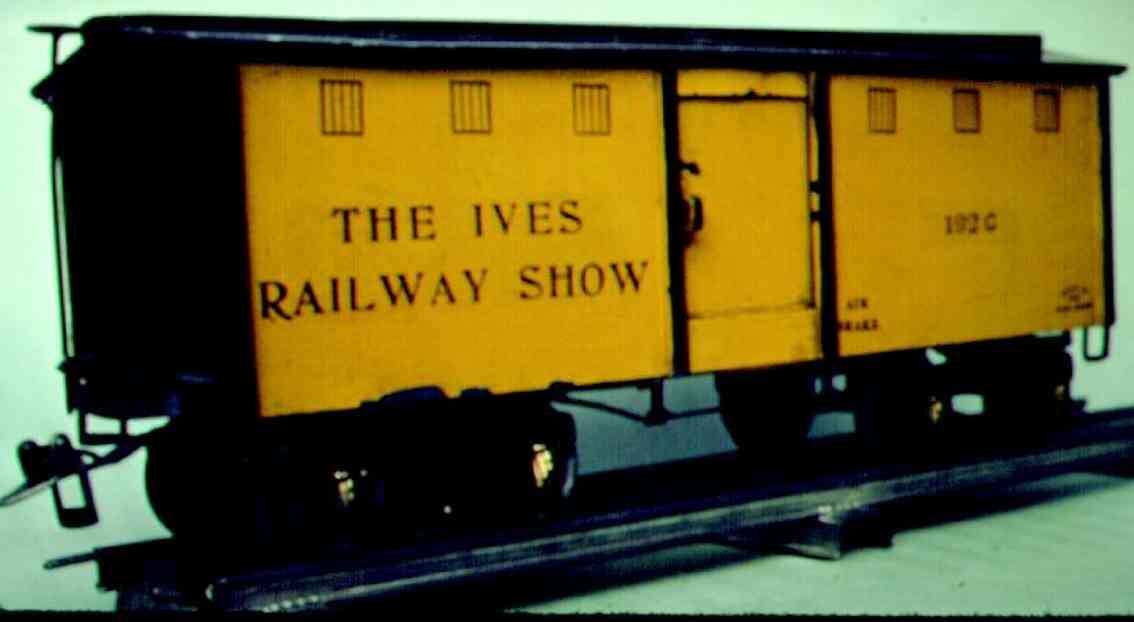 ives 192 g (1928 spielzeug eisenbahn gedeckter gueterwagen gelb schwarz wide standard gauge