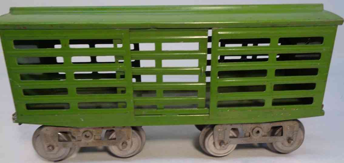 lionel 13 spielzeug eisenbahn viehwagen gruen standard gauge