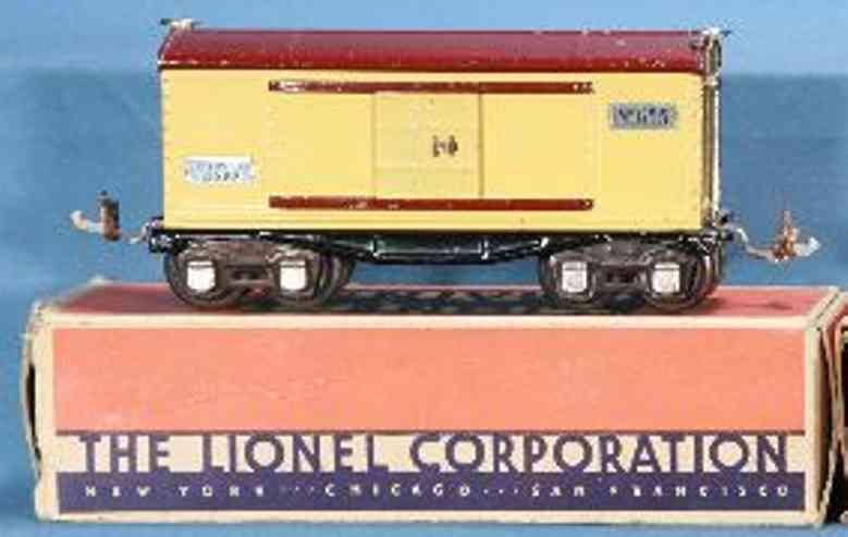 lionel 655 railway toy box car cream maroon nickel  gauge 0