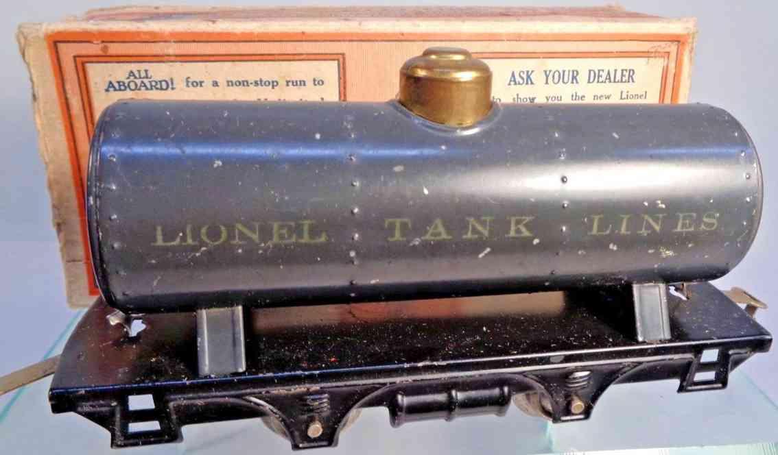 lionel 804/4 railway toy tank car dark gray brass no journal boxes gauge 0