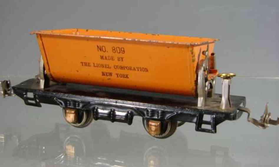 Lionel 809 Dump car