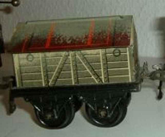 schoenner spielzeug eisenbahn gueterwagen gedeckter güterwagen