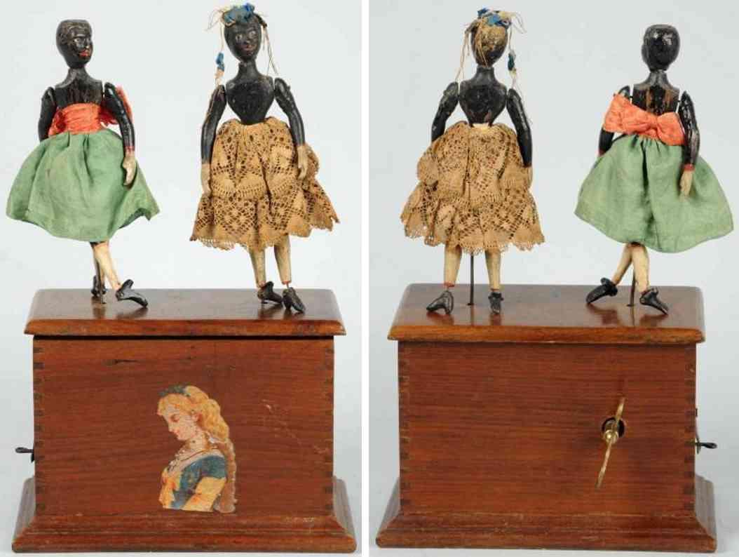 ives 2 Frauen 24,8 holz spielzeug zwei tanzfiguren auf kiste