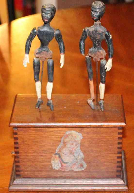 ives holz spielzeug zwei taenzer auf holzbox