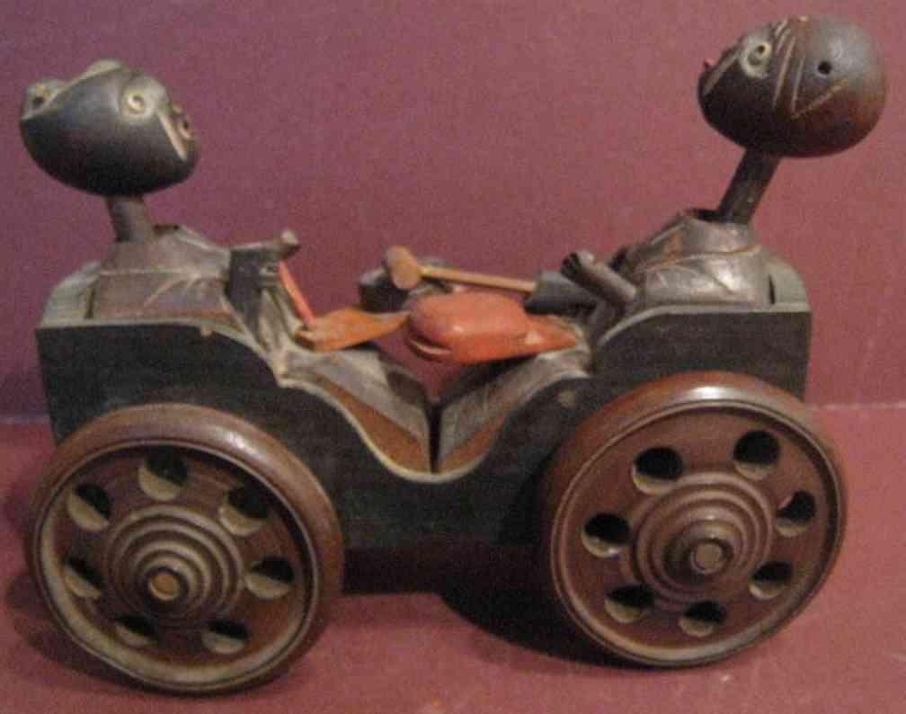 Kobe Toy Holzwagen mit zwei Figuren