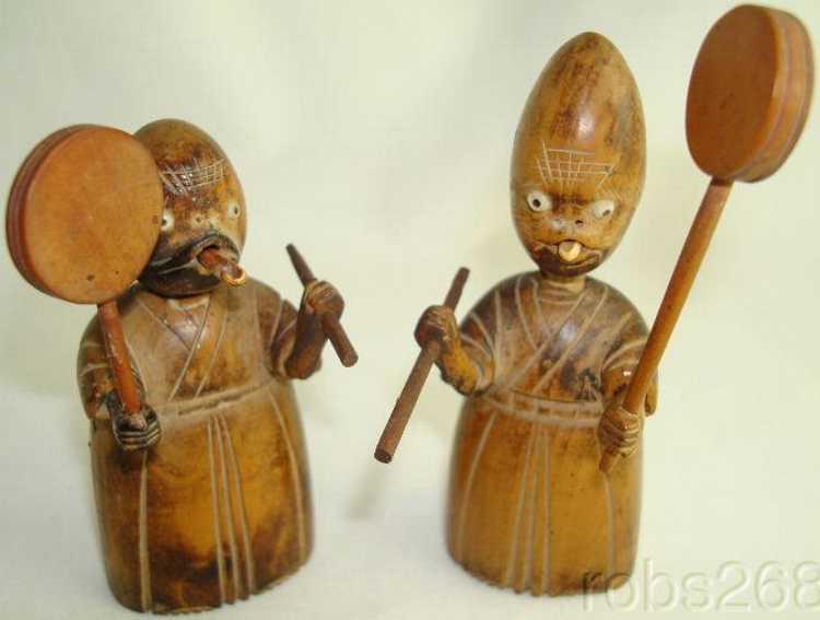 Kobe Toy Meiji Figuren mit gemeißelten Gesichtern Kobe Toy Meiji figures Figuren Meiji Figuren mit gemeißelten Gesichtern die wie Reptilien a