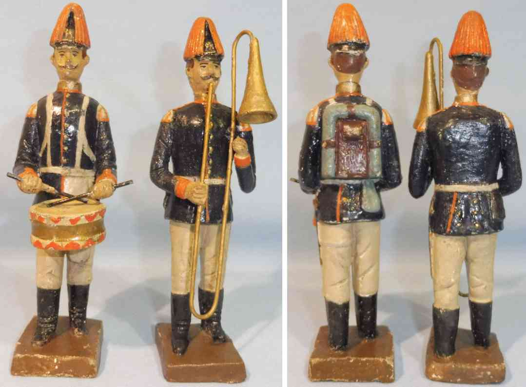 lineol wooden toy two guardsmen as musicians