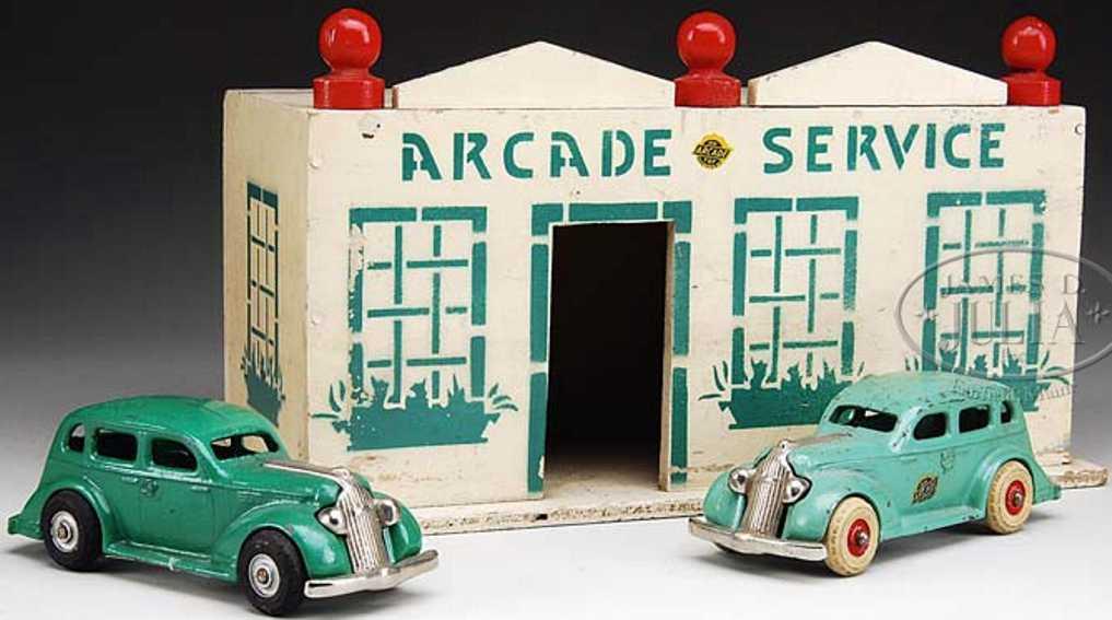 arcade holz spielzeug tankstelle 2 pontiac autos