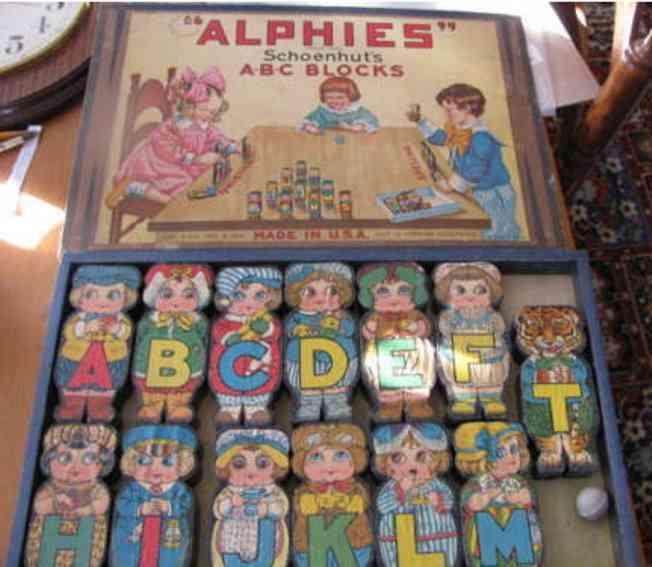 Schoenhut Alphies A-B-C blocks