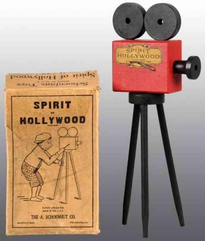 Schoenhut Hollywood movie camera