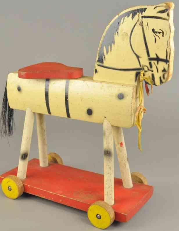 fisher-price 237 holz reitpferd weiss sockel rot gelbe raeder