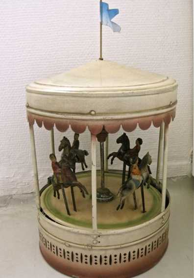 bing 9956/416 tin toy carousel roundabout music 4 boys on horses