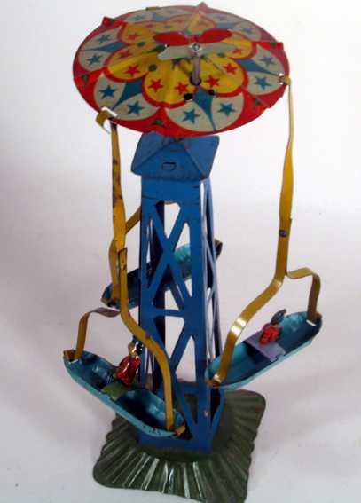 Karrussel mit drei Booten und Uhrwerk