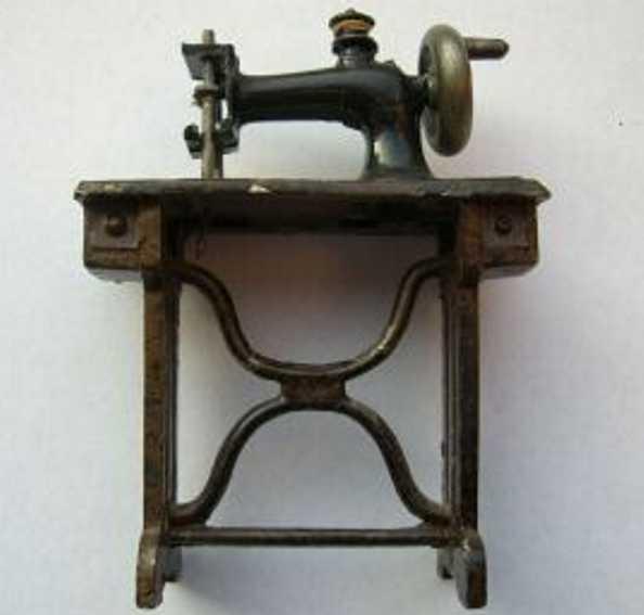 plank ernst kindernaehmaschine nähmaschine aus guß, gemarkt: germany