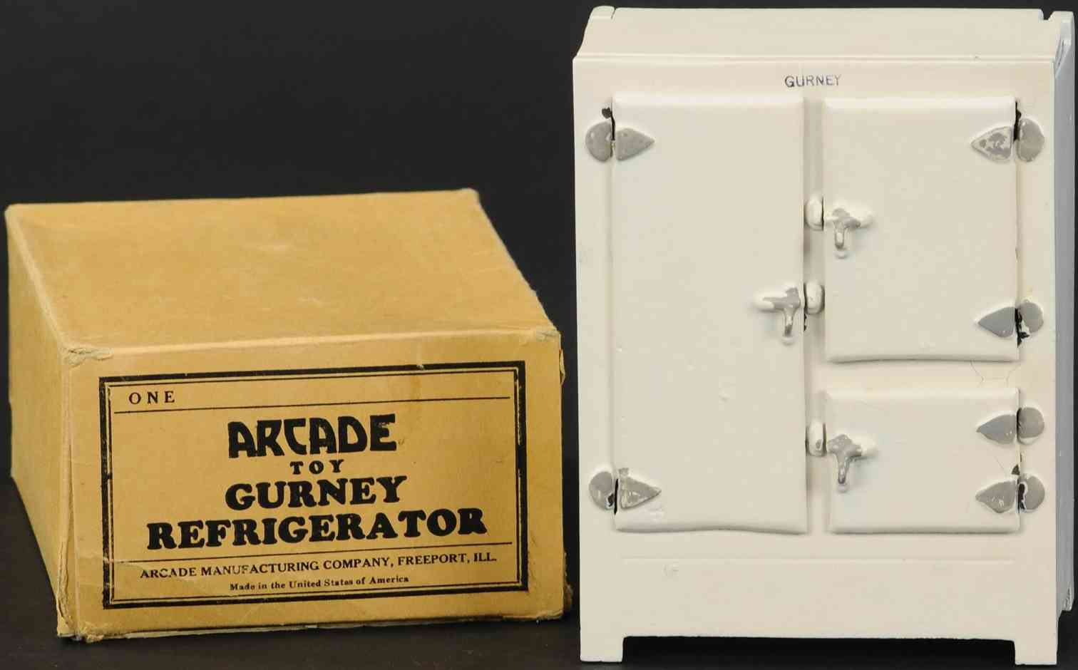 arcade kitchen toy refrigerator pressed steel in white