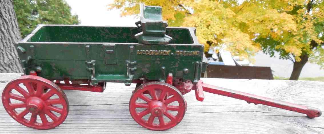 Arcade McCormick Deering Weber Kutschenwagen