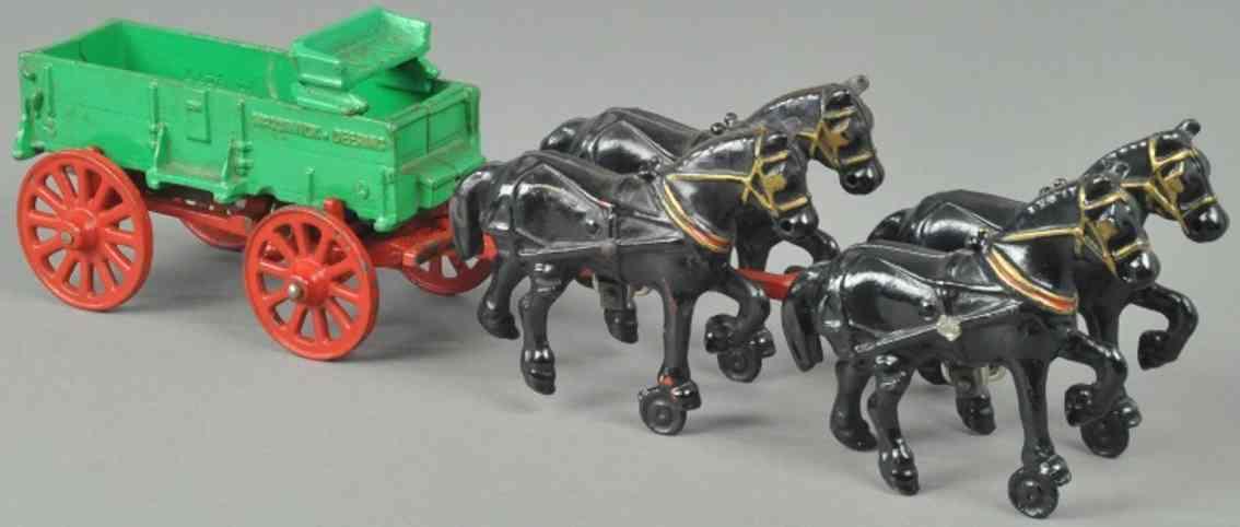 arcade spielzeug gusseisen mccormick farmwagen gruen vier pferde