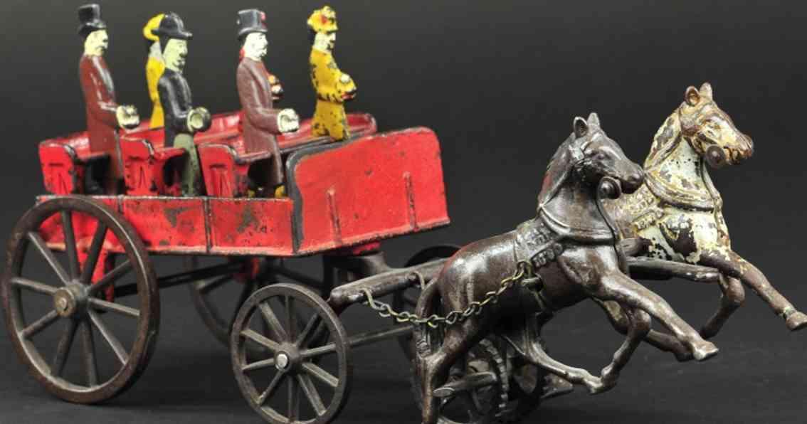 carpenter spielzeug gusseisen kutsche zwei pferde sechs figuren