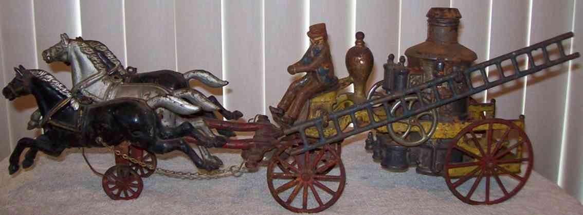 dent hardware co cast iron toy fire pumper wagon 3 horses