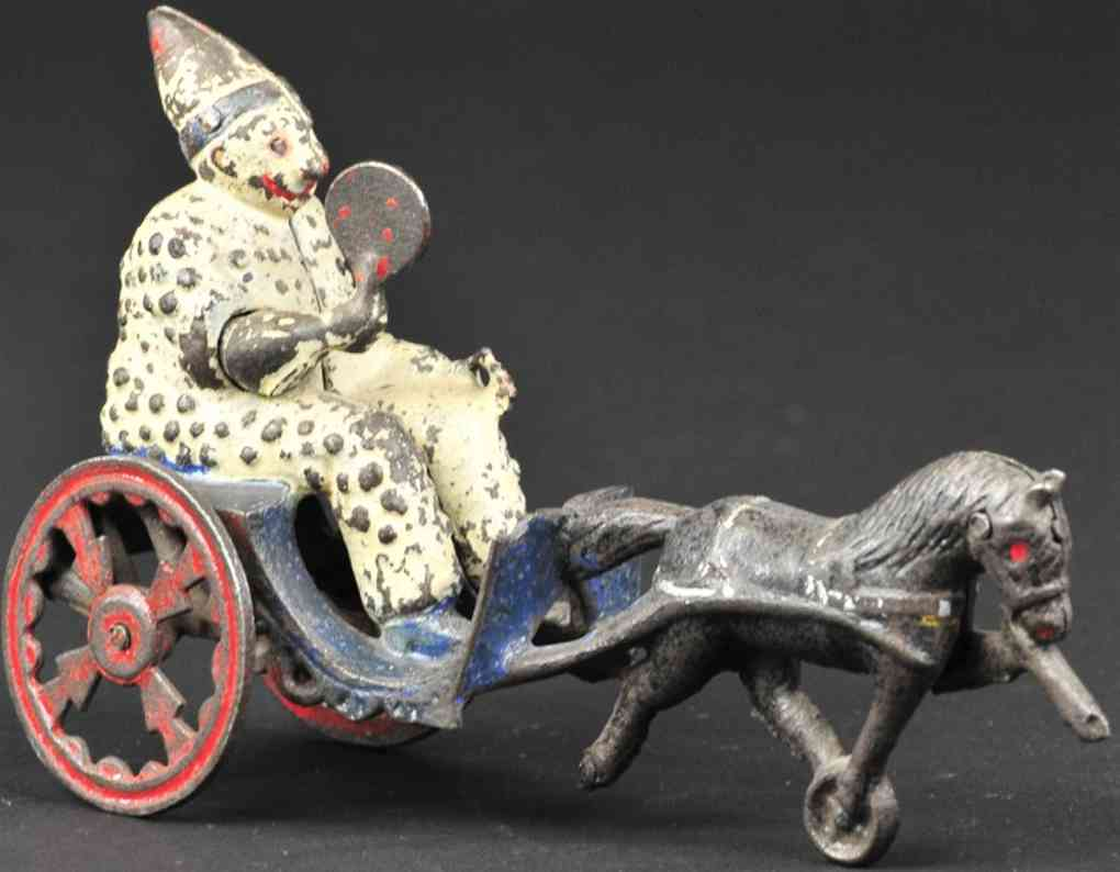 us hardware co spielzeug gusseisen clown mit faecher auf karre ein pferd