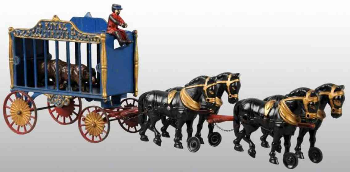 Hubley Circus cage wagon with two bears figure and four horses
