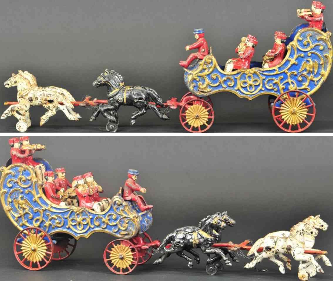 hubley spielzeug gusseisen zirkusmusikwagen blau vier pferde sechs musiker