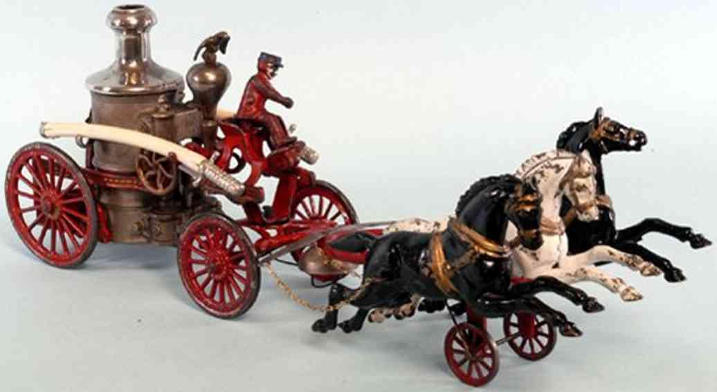 hubley spielzeug gusseisen feuerwehrkesselwagen drei pferde