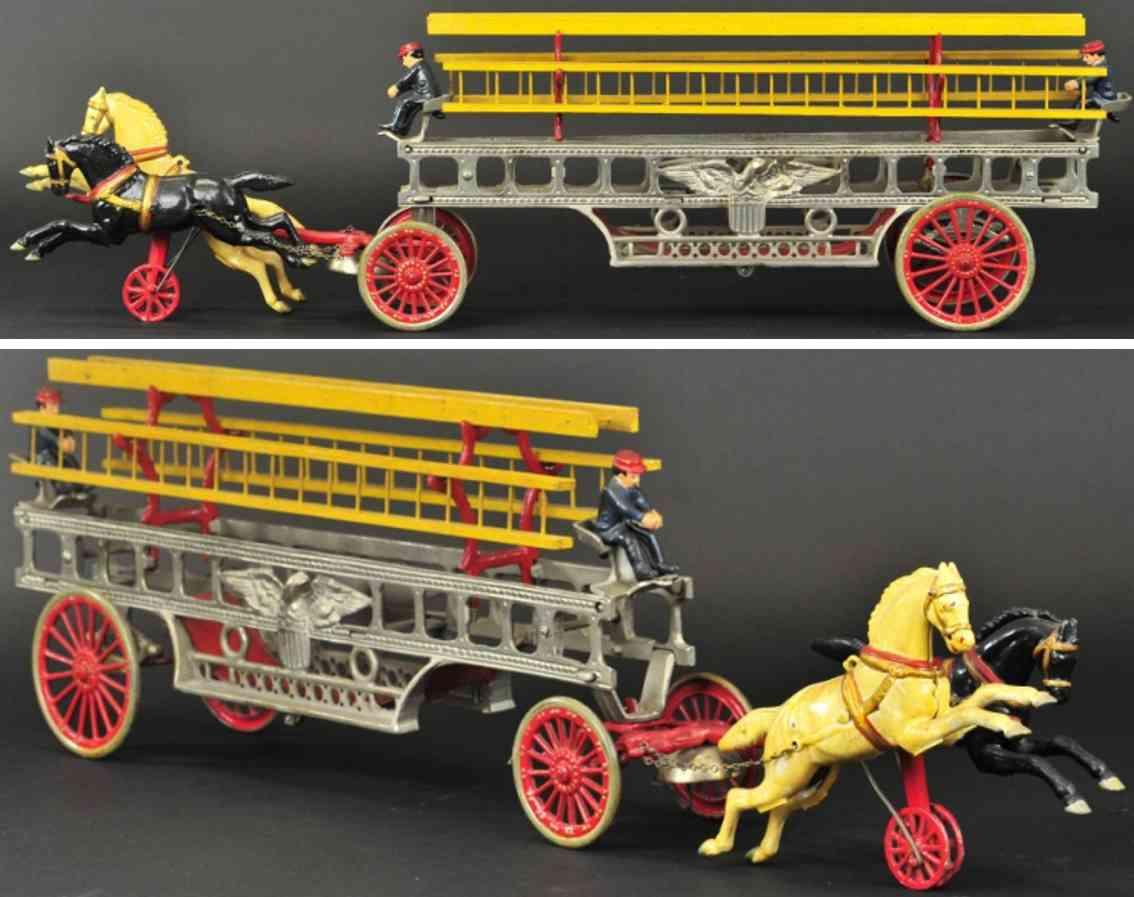 hubley spielzeug gusseisen feuerwehrleiterwagen vernickelt zwei pferde
