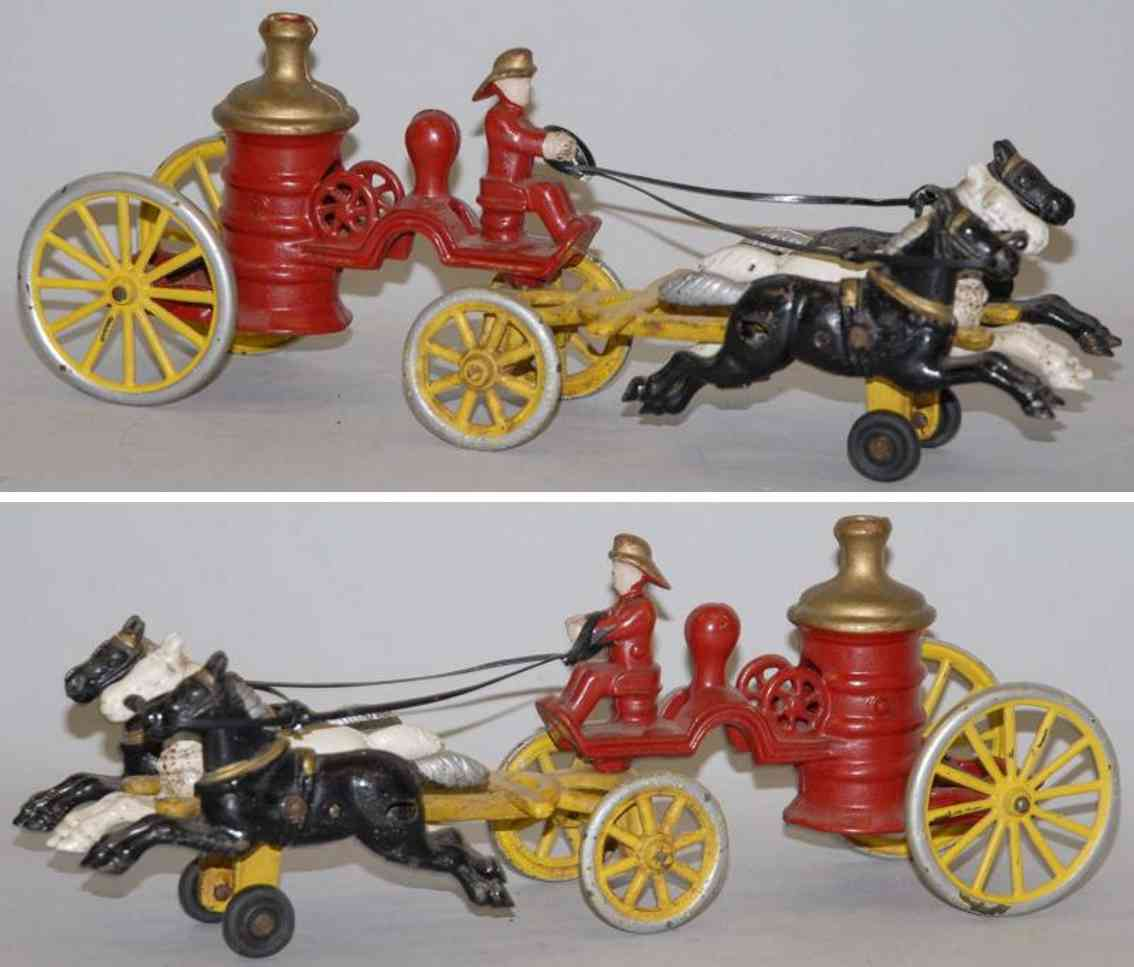 kenton hardware co cast iron toy three horses drawn fire pumper toy
